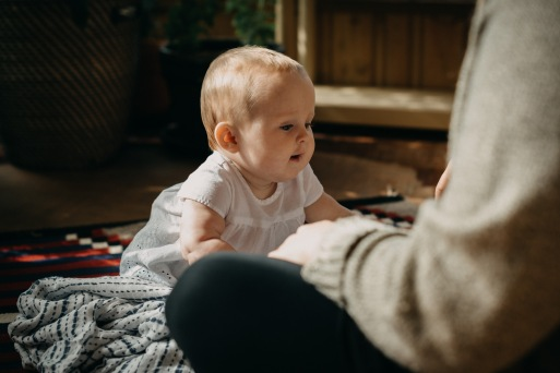 AngelaNavy_6monthnewborn_BabyPhotographers_GoldenBC-6-3