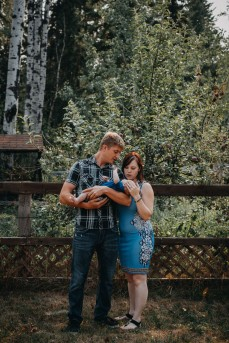 newborn, parents, family, baby, father, mother, photography, portrait, love, forest
